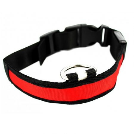 Guler impermeabil pentru câine Dimensiunea L - Îți vei scoate animalul de companie pentru o plimbare seara? Asigurați-vă că nu o pierdeți din vedere în întuneric.